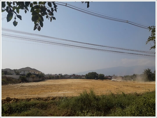 Outerring-roadside_Land-Chiangmai.jpg